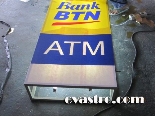 neon-sign-atm